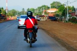 Etonnantes habitudes laotiennes...!